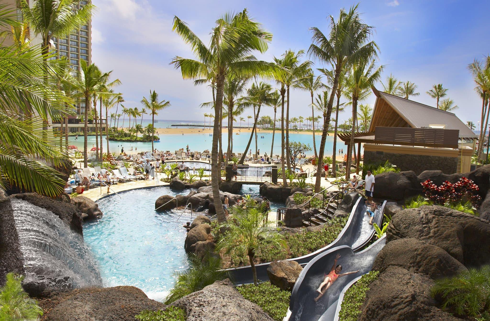 http://www.lexusoflondongolfclassic.com/wp-content/uploads/2015/03/Paradise_Pool.jpg